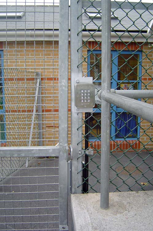 school-gate-with-keypad-both-sides-1
